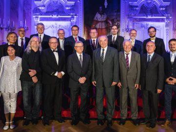 Olomouc rozdala Ceny města a přijala ocenění z Londýna